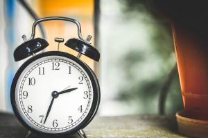 Photo of an alarm clock.
