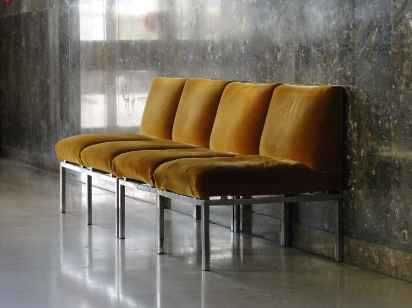 chairs-1032870_1920