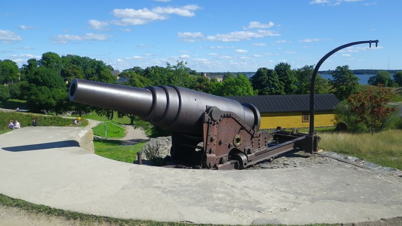 cannon-182226_1280