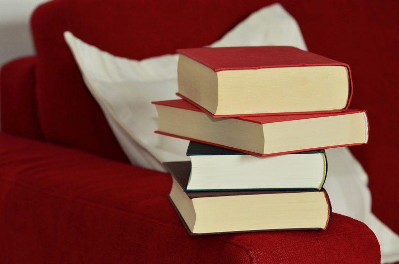 books-1168299_1280